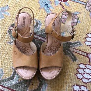 BORN sandals - natural leather- cork bottom